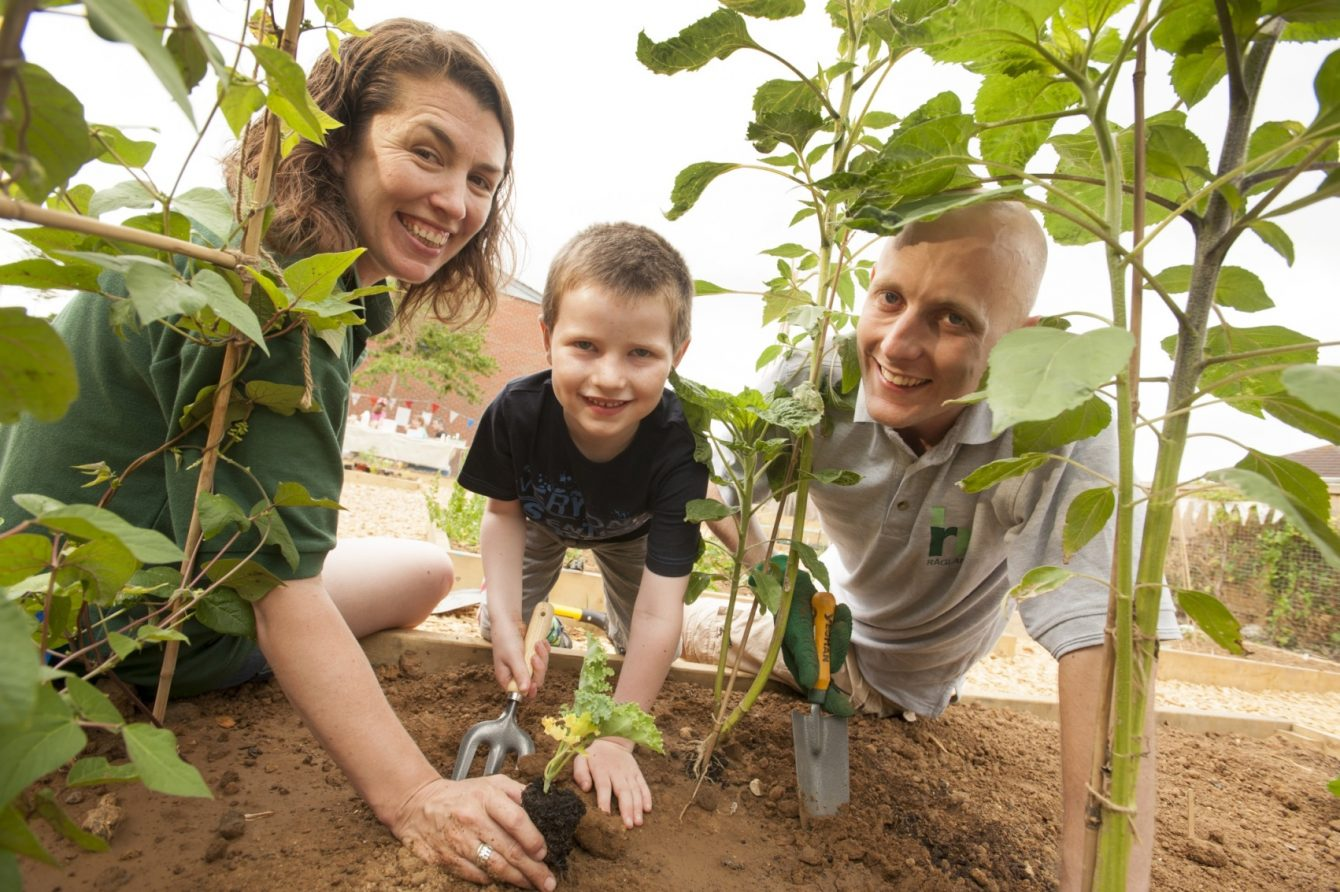 Planting with kids community